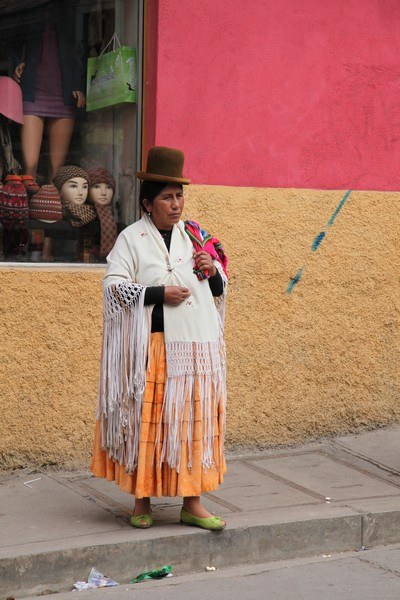 cholitas, bolivian woman