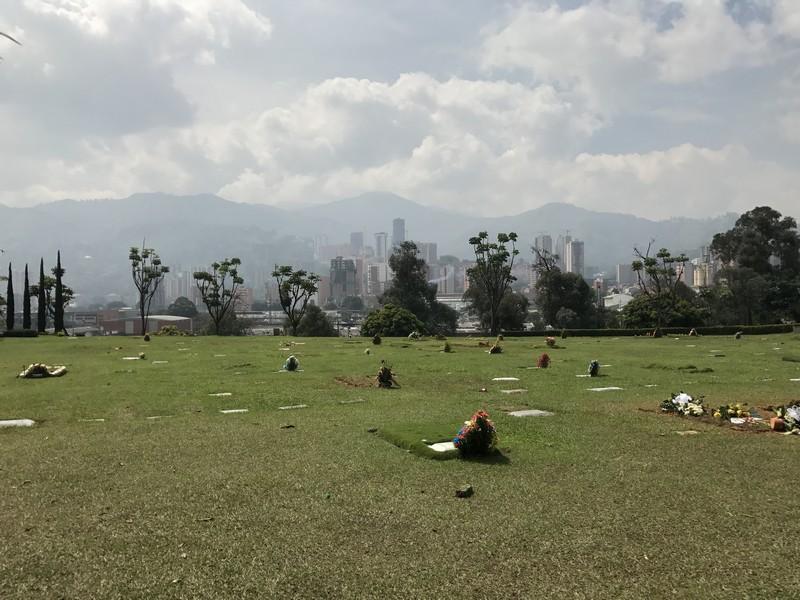 envigado, pablo escobar'ın mezarı