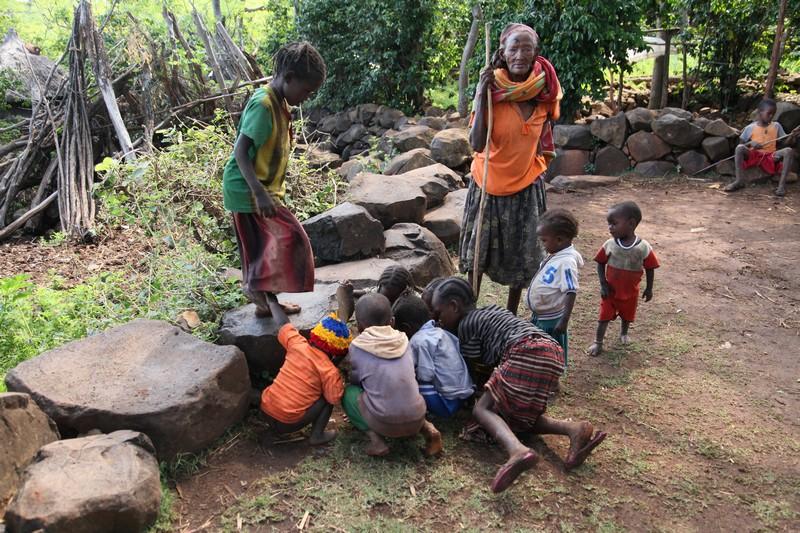 konsolar, afrika kabileleri